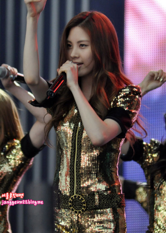 SNSD Seohyun Angel Price Music Festival