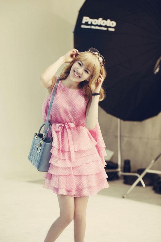 SNSD Hyoyeon Lady Dior tote bag