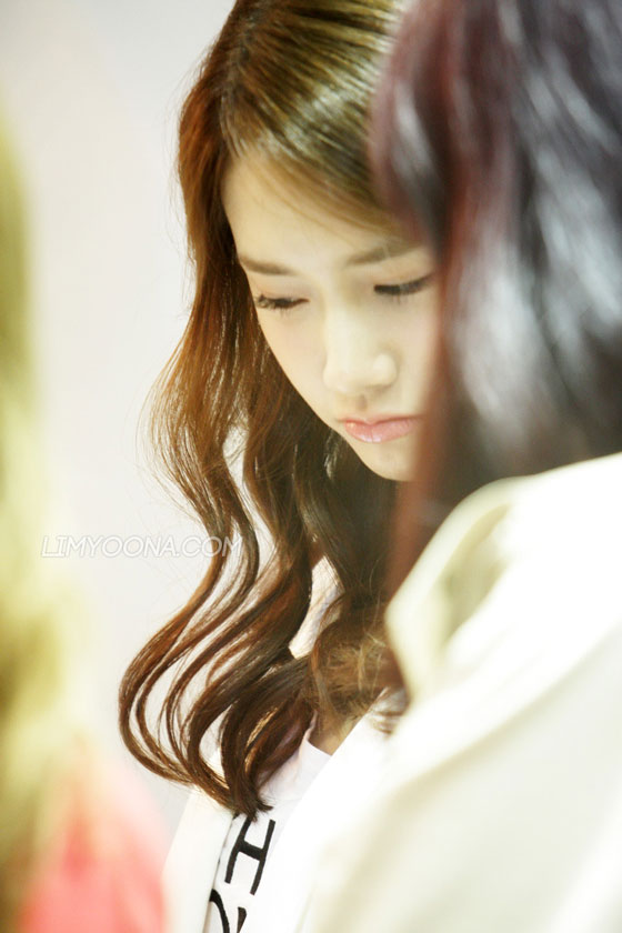 SNSD Yoona at Jinny Kim opening event