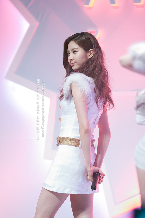 SNSD Seohyun Daum Life on Awards Concert