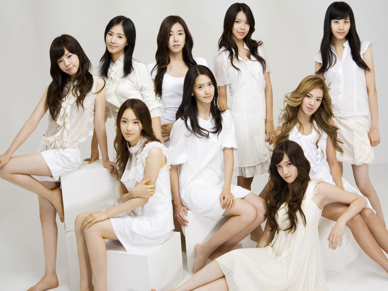 SNSD Into The New World wallpaper