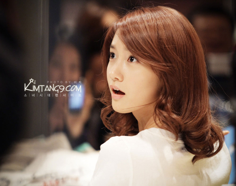 SNSD Yoona SPAO fansign event