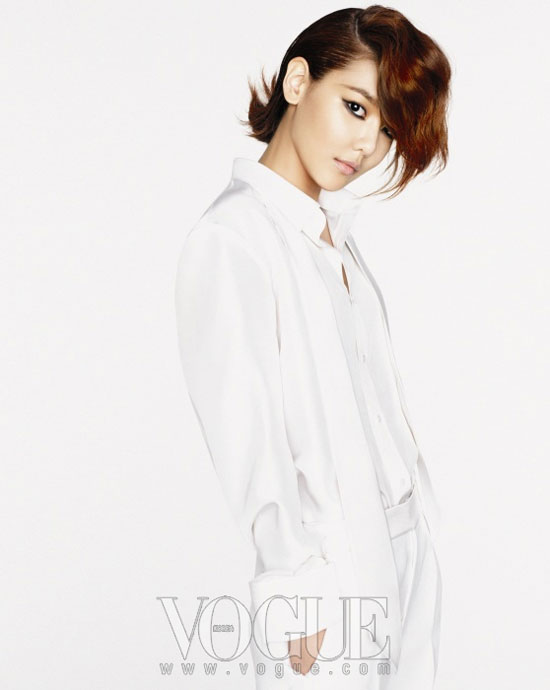 SNSD Sooyoung Vogue Korea Magazine