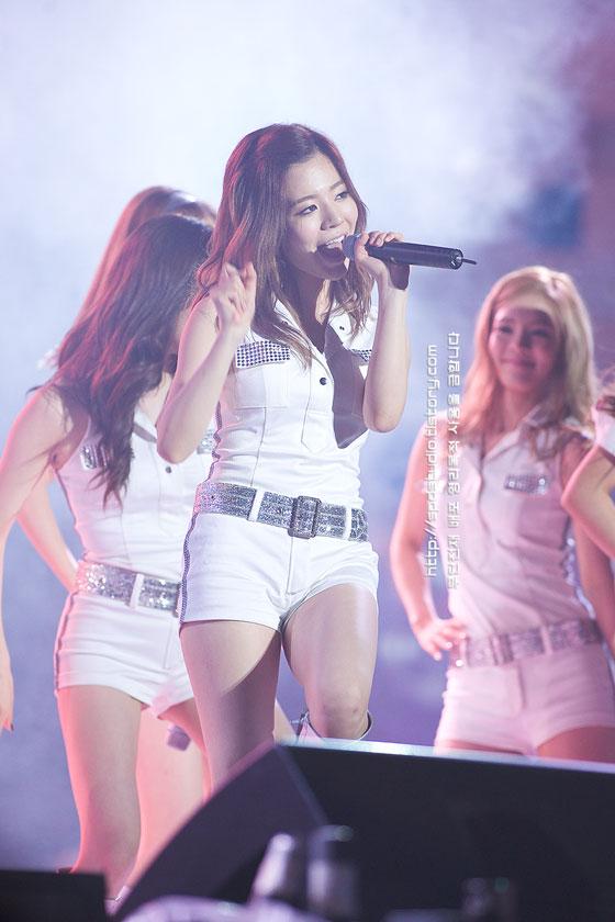 SNSD Sunny Cheongsim Music Festival
