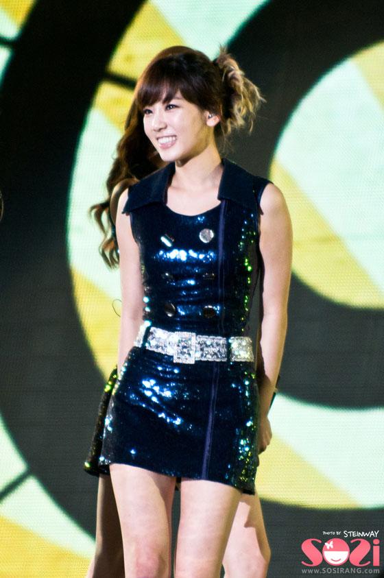 SNSD Taeyeon Incheon Korean Wave Music Festival 2011