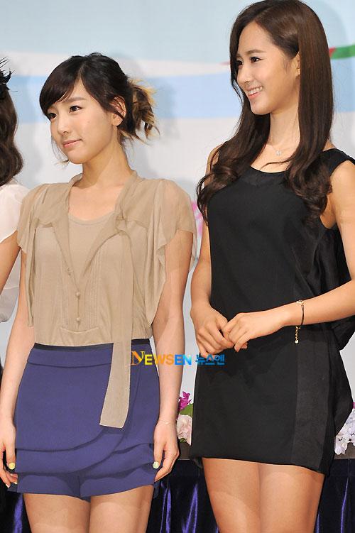 SNSD Taeyeon and Yuri Korean Tourism Ambassador appointment