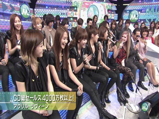 SNSD and Avril Lavigne on Music Station Japan