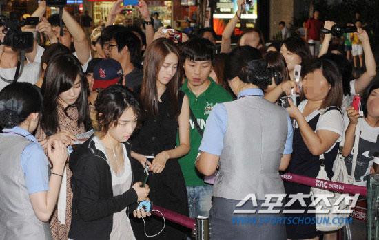SNSD Yoona going to Japan