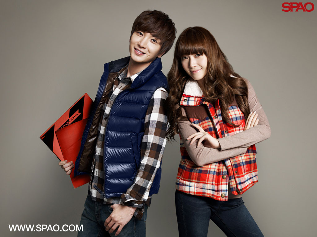 Suju Leetuek and SNSD Jessica SPAO wallpaper