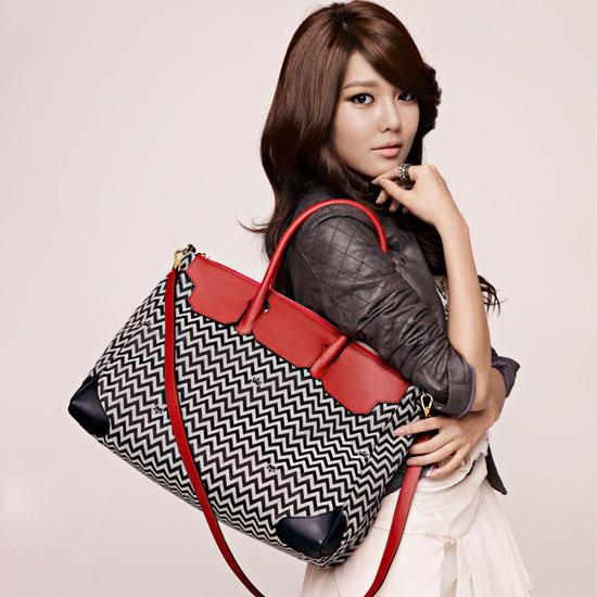 J.ESTINA Handbags 2011 Fall