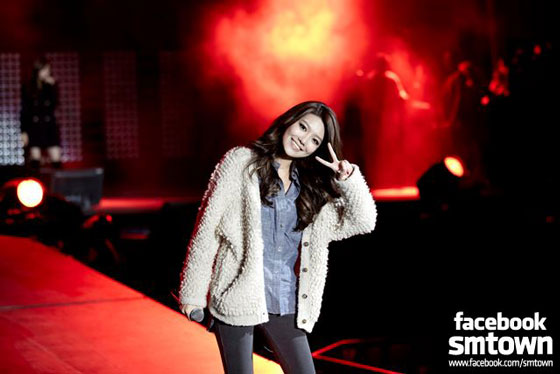 SNSD Sooyoung SMTown New York rehearsal