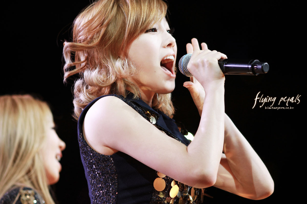 SNSD Taeyeon SMTown Live in NYC