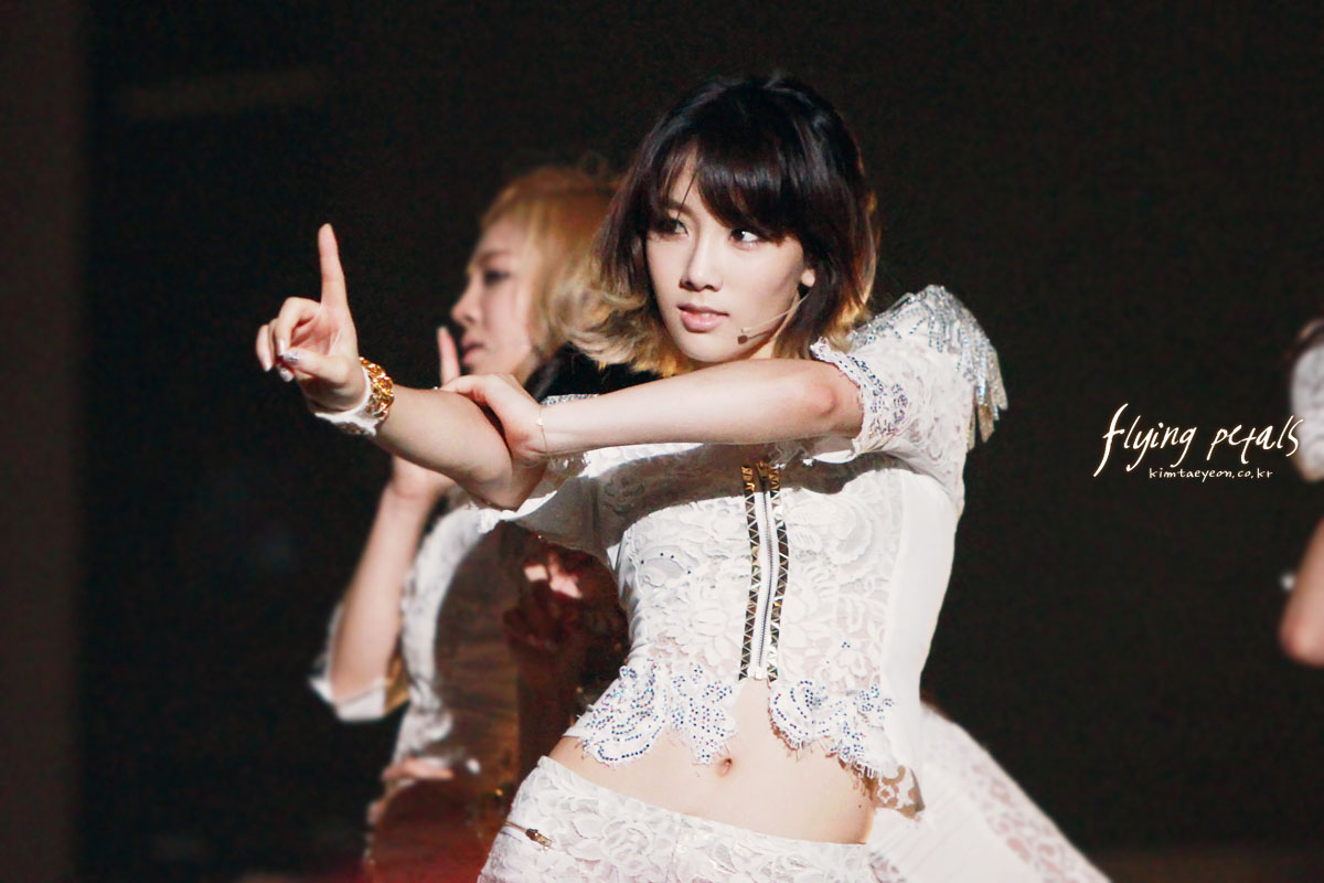 SNSD Taeyeon Girls Generation Taiwan Tour 2011