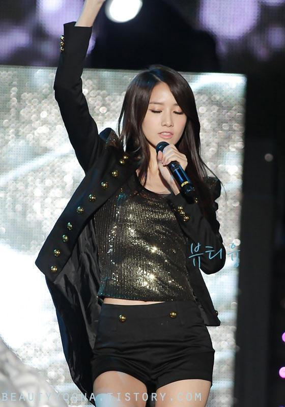 Yoona focus @ Asia Song Festival 2011