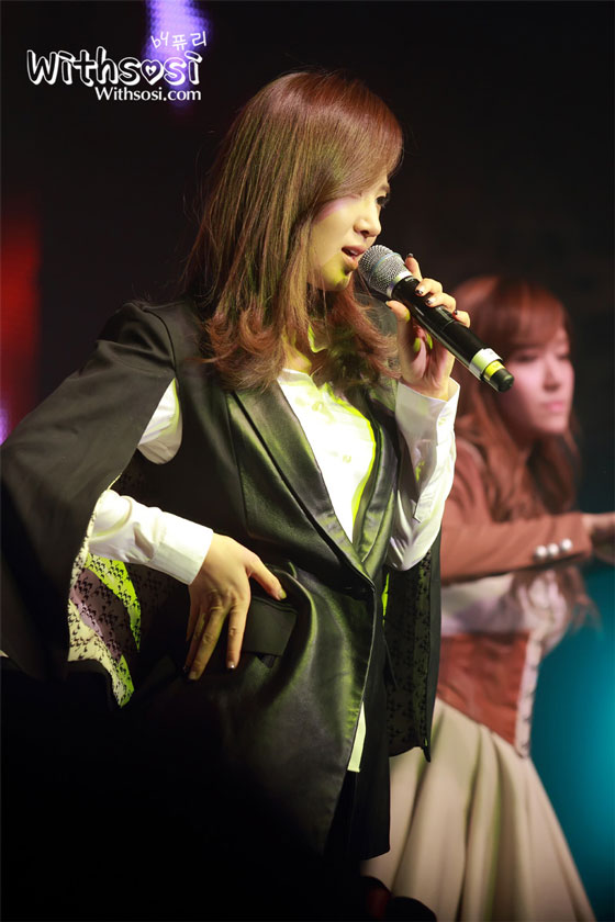 SNSD Yuri Coway Concert
