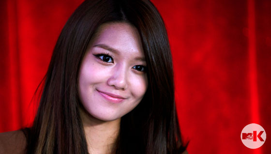 SNSD Sooyoung MTV Studio in New York