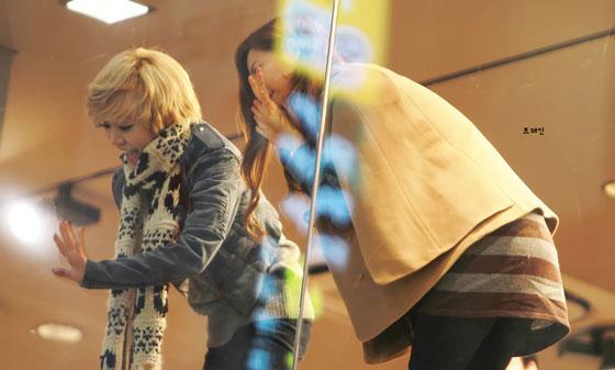 Sunny & Seohyun at SPAO Myeongdong