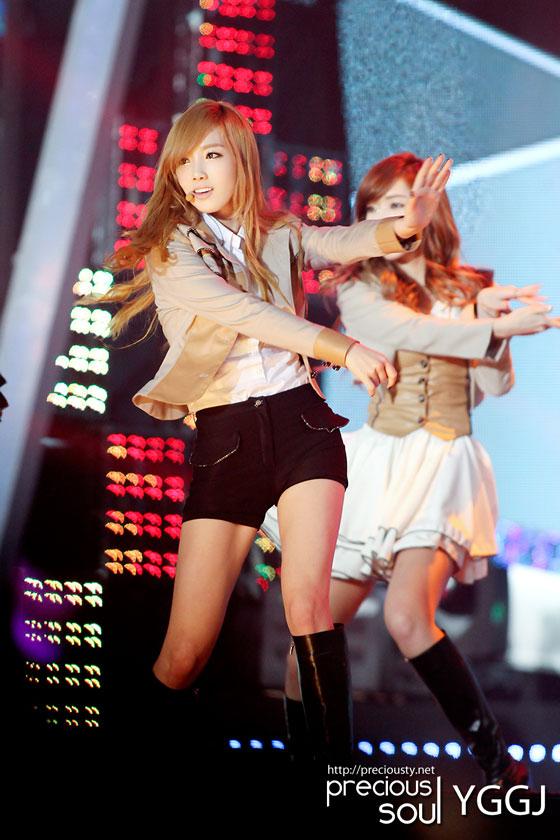 Taeyeon @ Love Sharing Concert (2)