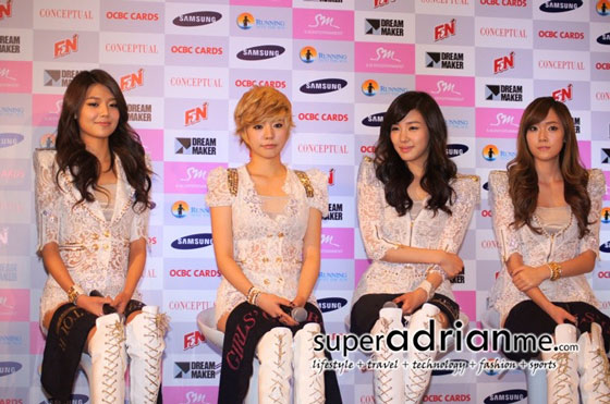 SNSD Singapore Tour press conference