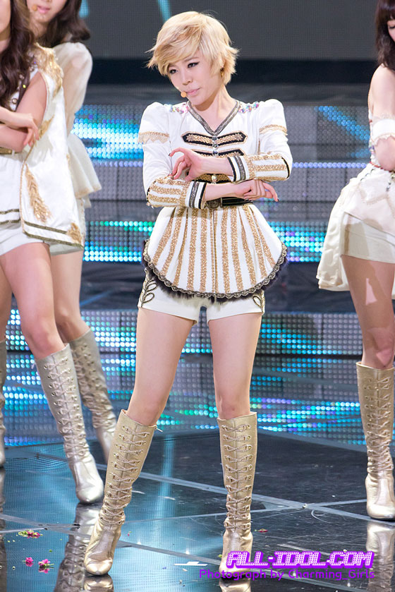 SNSD Sunny KBS Entertainment Awards 2011