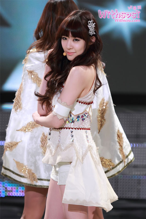 SNSD Tiffany KBS Entertainment Awards 2011