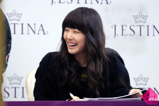 Tiffany focus @ J.estina fan-signing