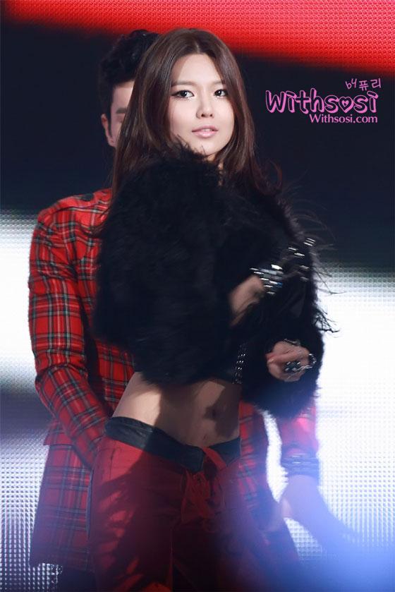 SNSD Sooyoung SBS Gayo Daejun 2011