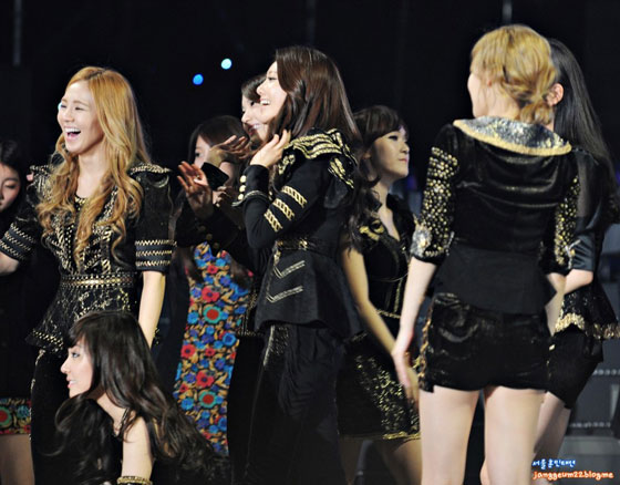 SEOUL MUSIC AWARDS 2012 preview | SNSD Pics