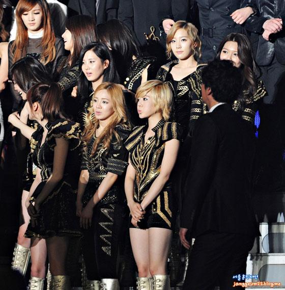 SNSD Seoul Music Awards 2012