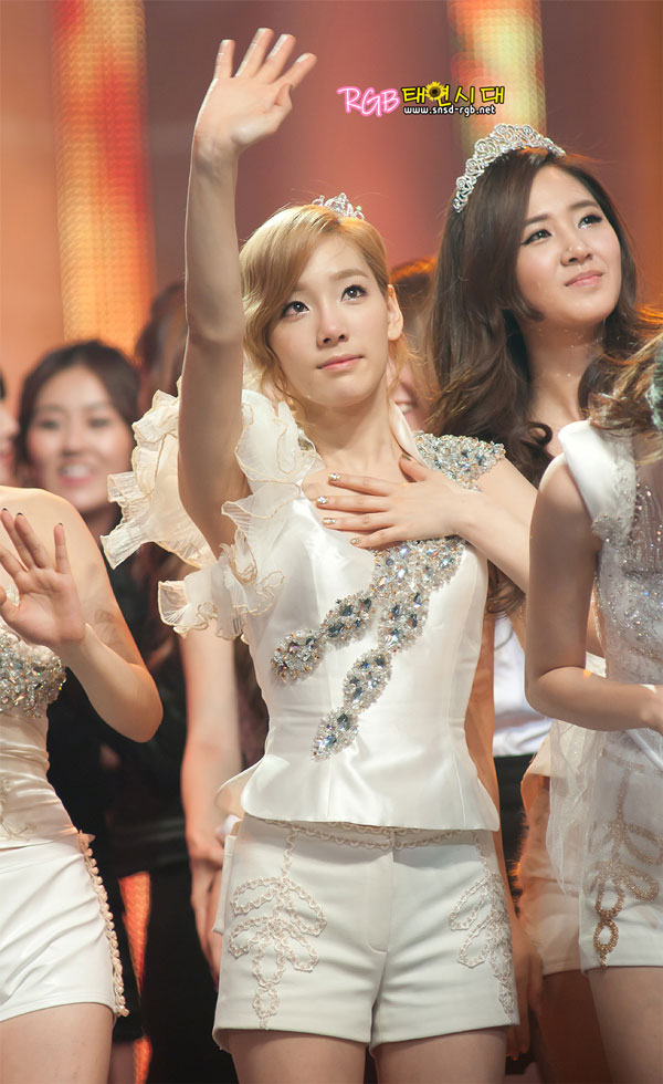 Kim Taeyeon @ KBS Music Festival 2011