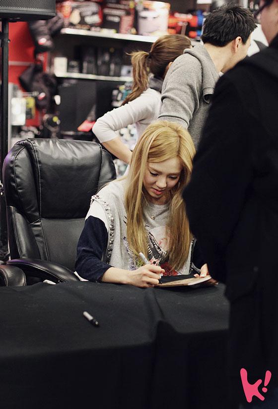 SNSD Hyoyeon 2012 New York fan meet