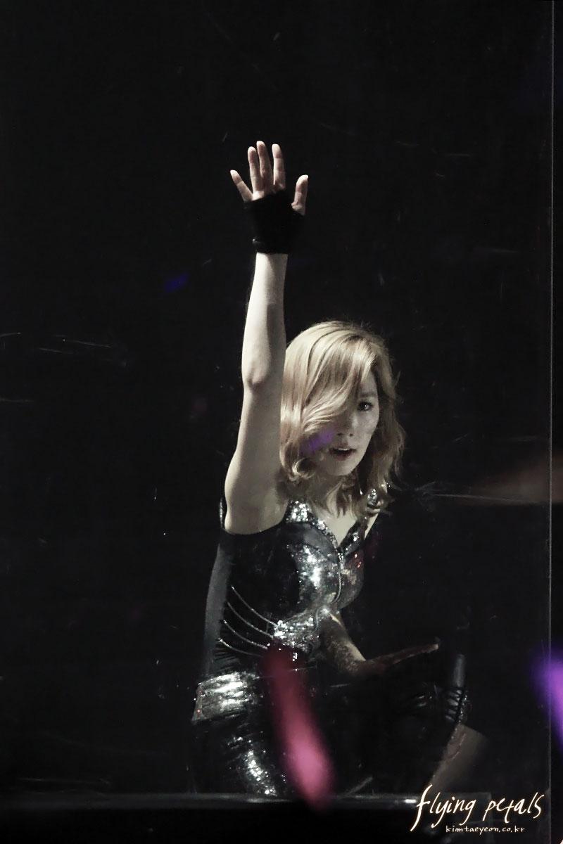 Taeyeon focus @ Bangkok Concert