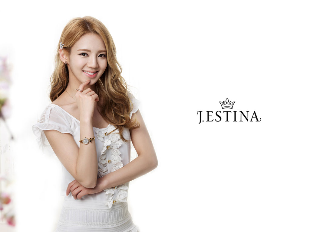 SNSD Hyoyeon Jestina jewelry wallpaper
