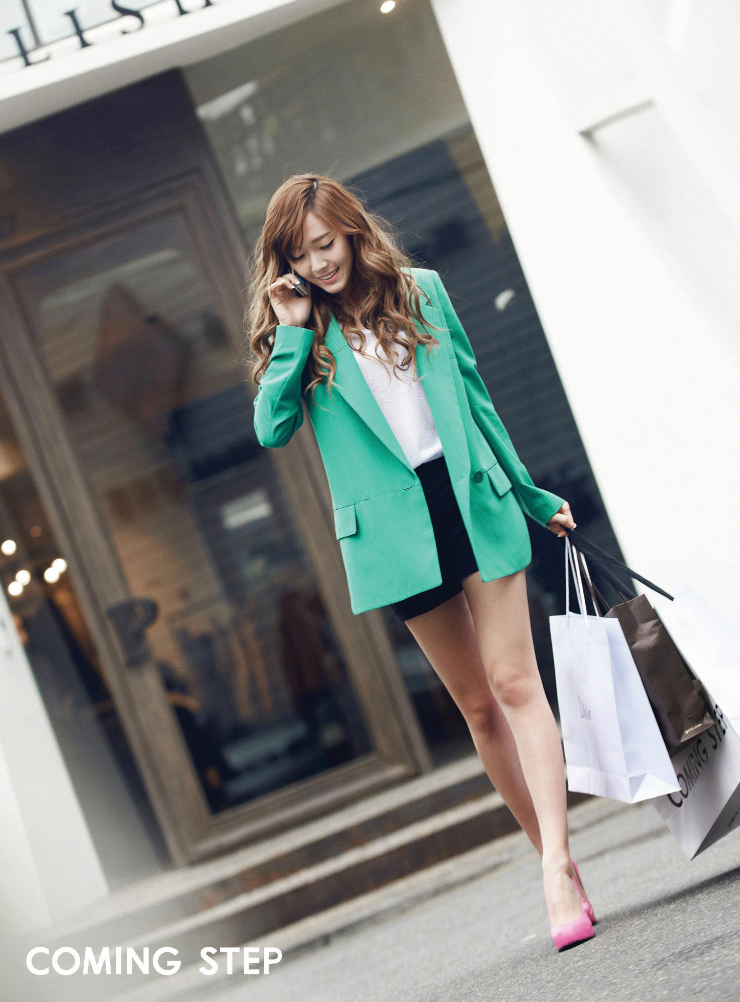 SNSD Jessica Coming Step HD photo