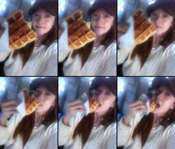 SNSD Jessica food selca