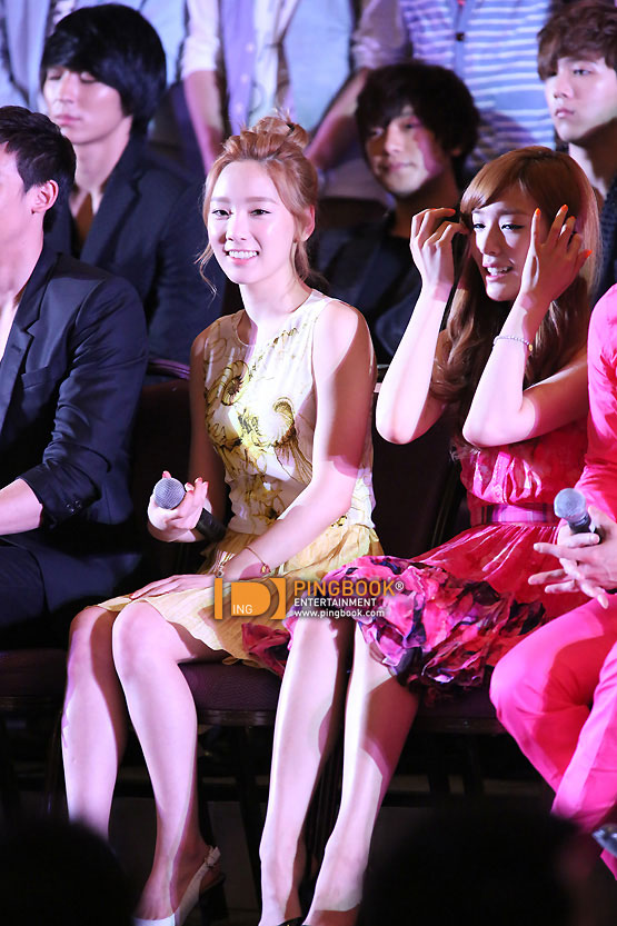SNSD Taeny Korean Music Wave in Bangkok