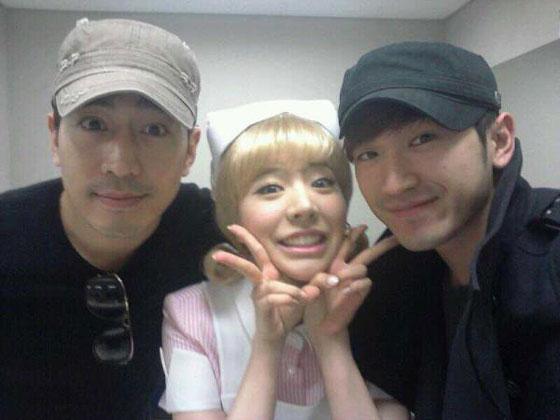 SNSD Sunny and Shinhwa Eric Minwoo