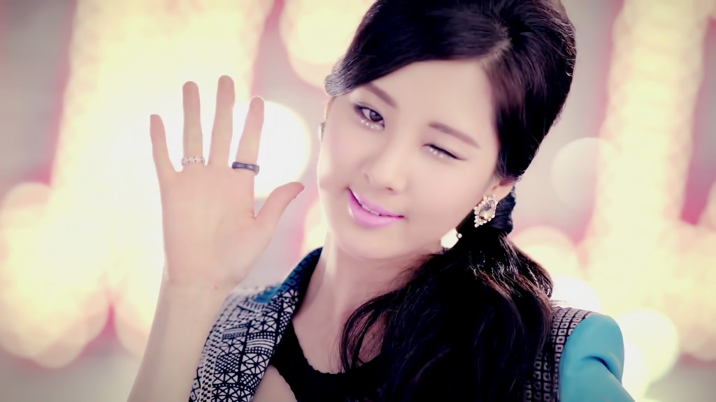 Seohyun Twinkle MV teaser screenshots