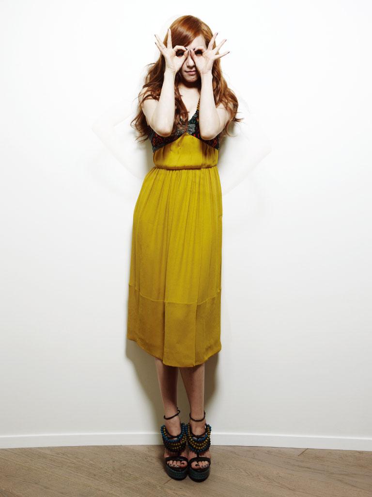 SNSD Tiffany Bazaar Burberry