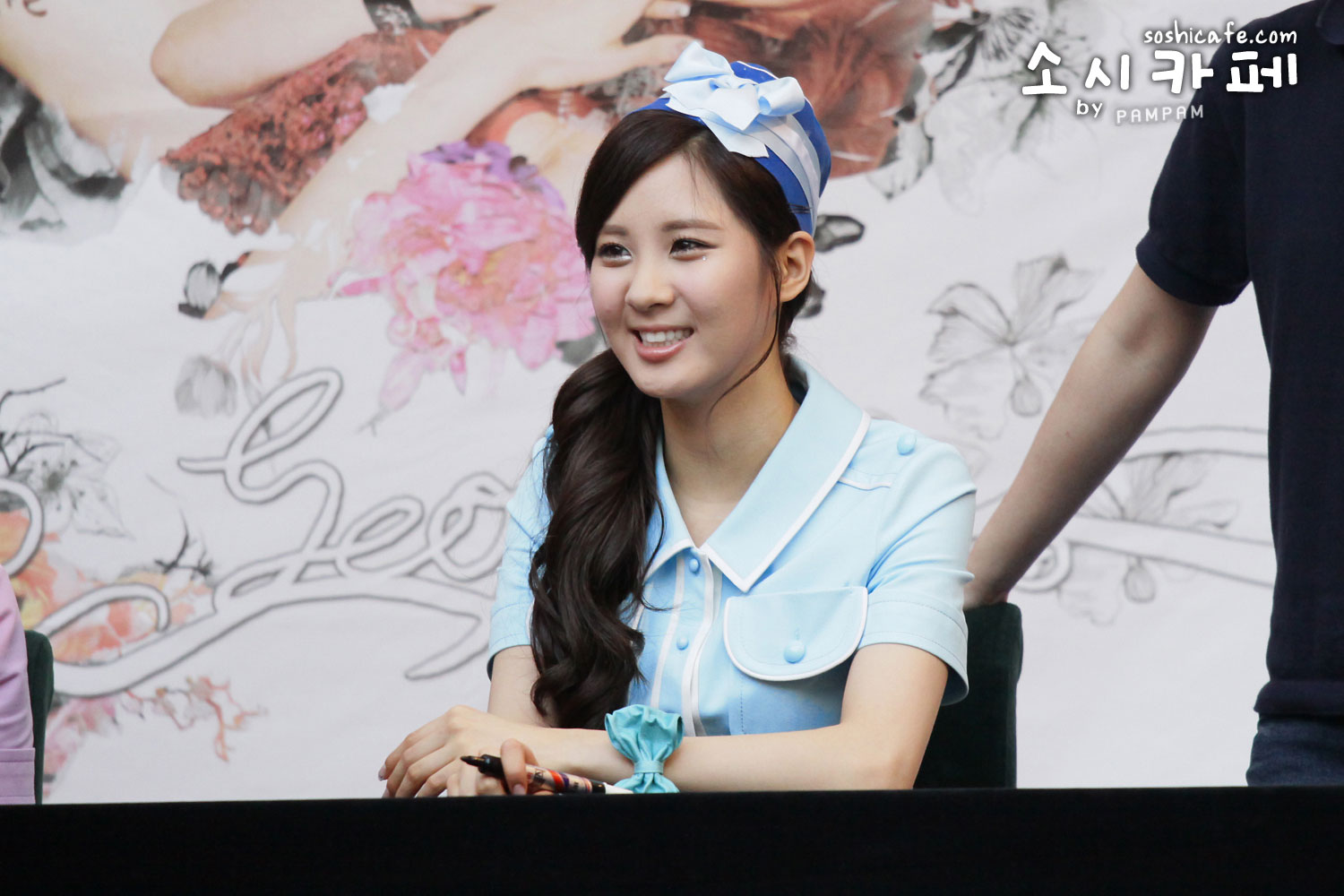 TaeTiSeo Twinkle fan signing event (2)