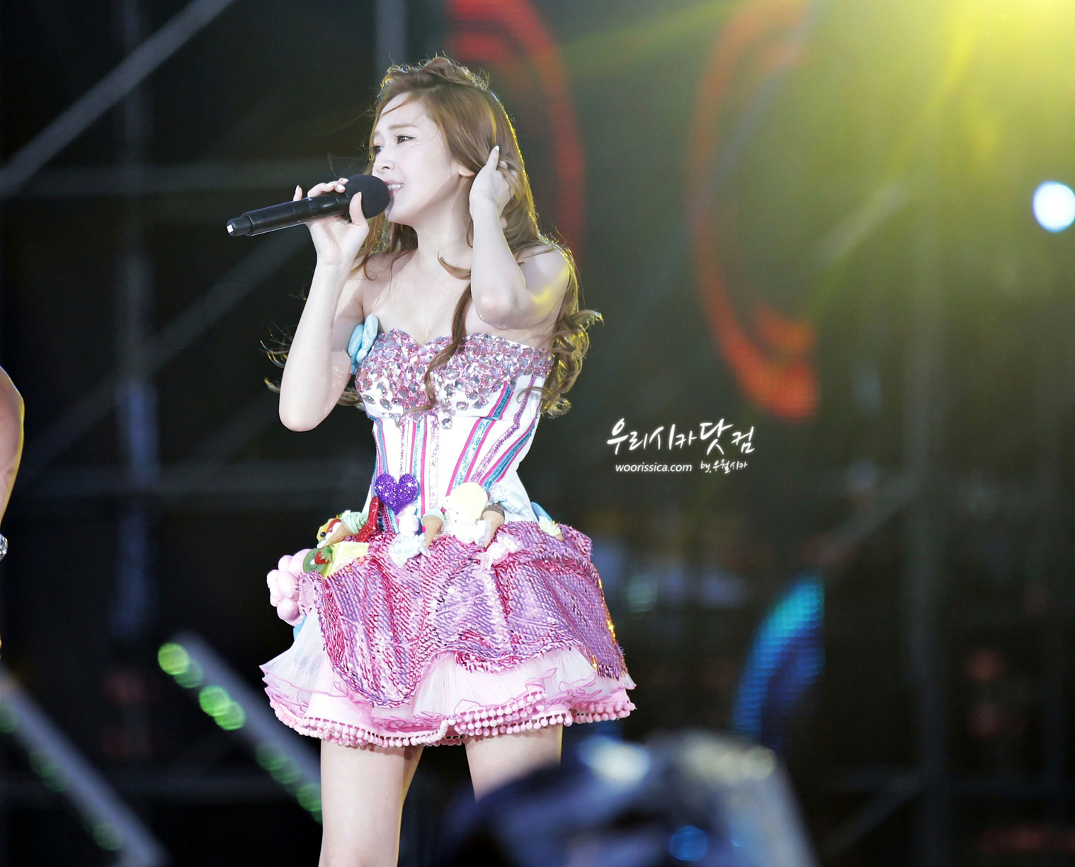 Jessica focus @ SMTown Taiwan Tour 2012 Smtown-taiwan-jessica-2