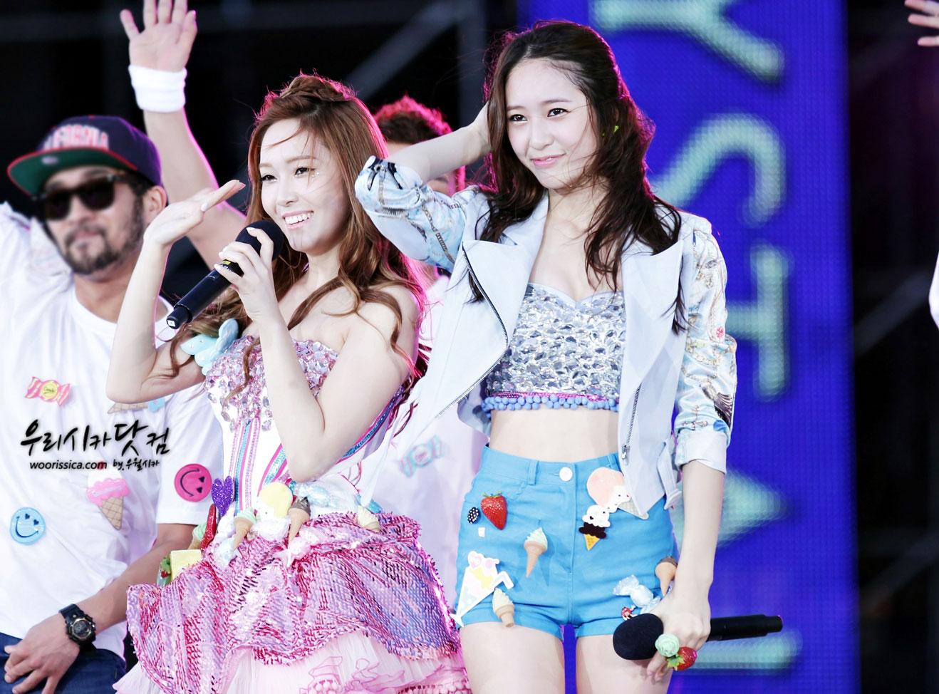 Jessica focus @ SMTown Taiwan Tour 2012 Smtown-taiwan-jessica-4