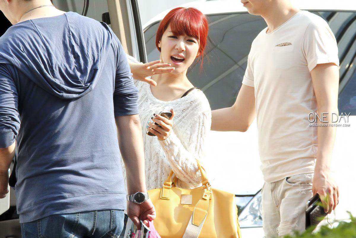 SNSD Tiffany SBS Inkigayo