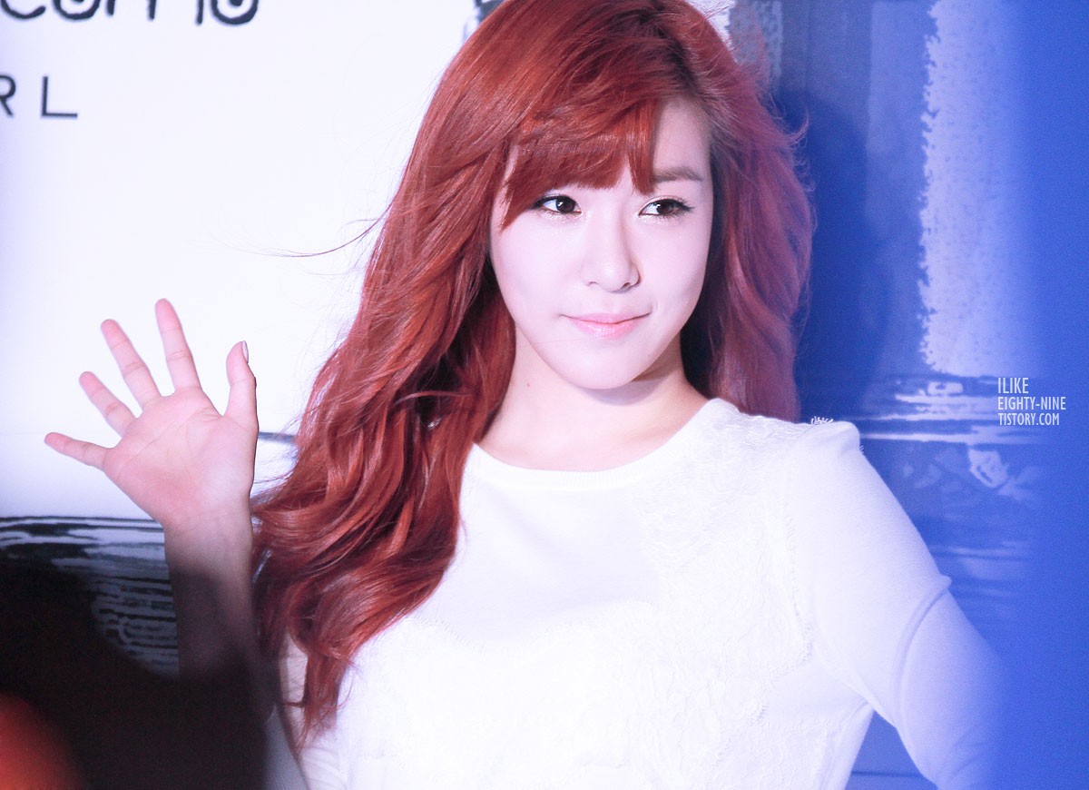 SNSD Tiffany Girl Perfume launching event