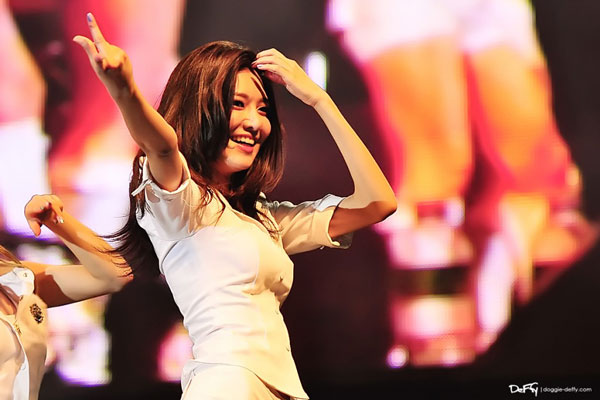 SNSD Sooyoung Kuala Lumpur Twin Towers Alive Concert