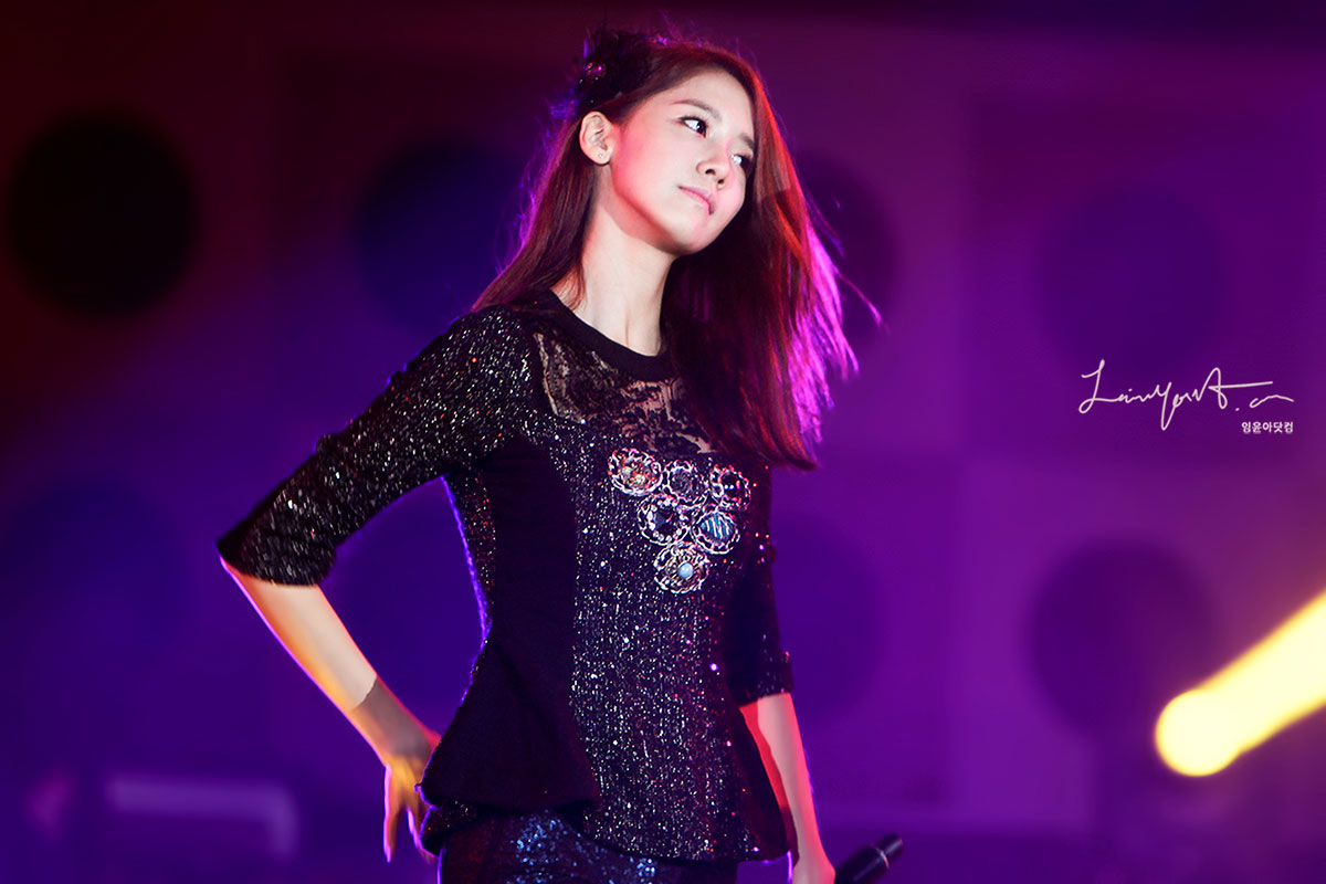 Yoona @ Yeosu Expo Concert 2012