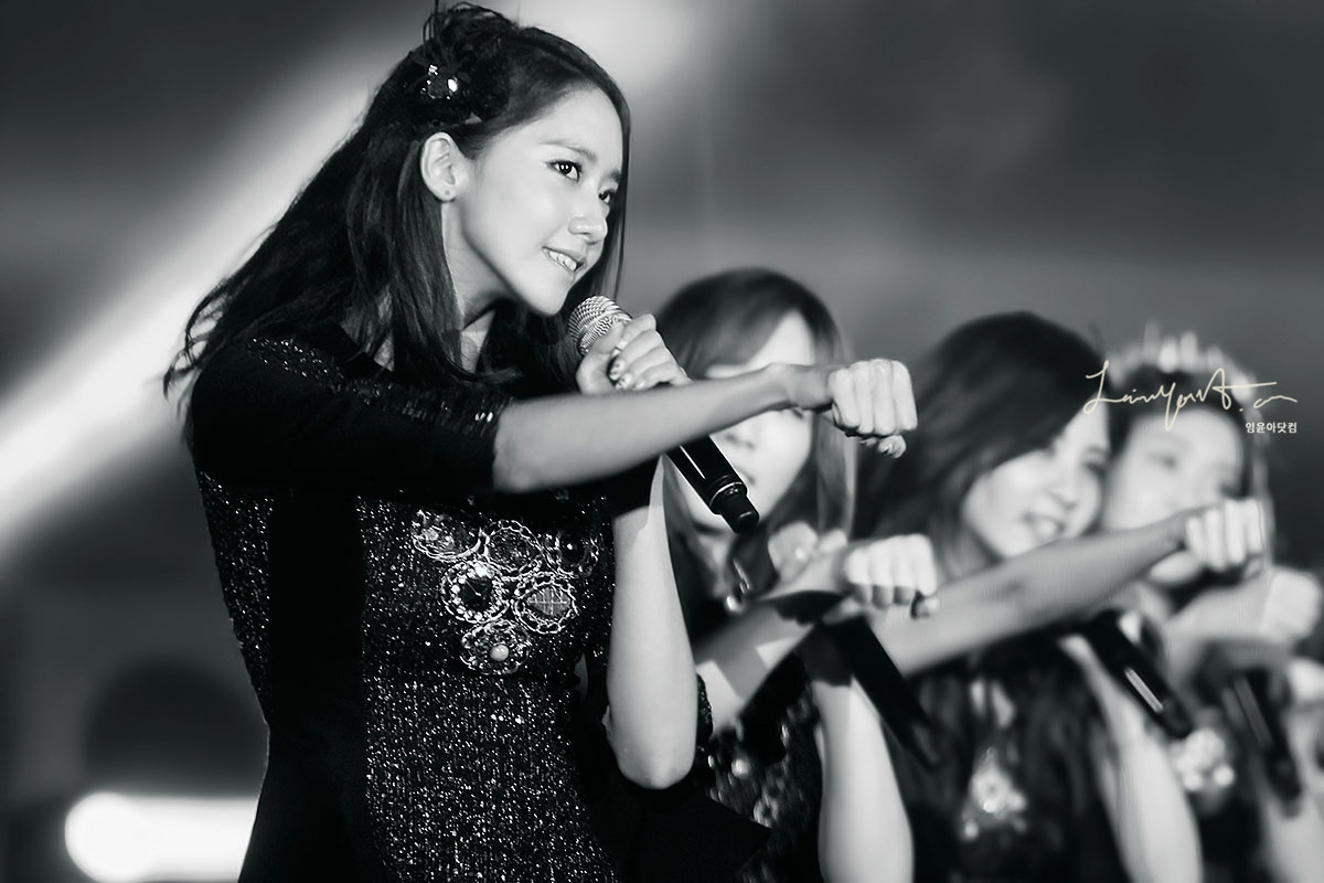 yoona @ yeosu expo concert 2012 Yoona-yeosu-concert-4