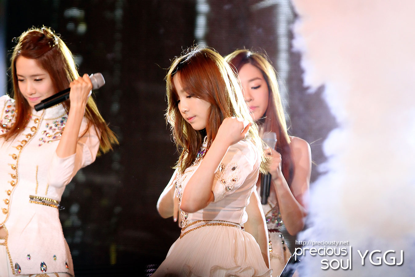 SNSD Taeyeon Korea-China Music Festival 2012