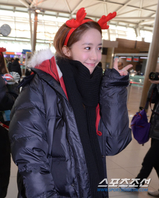 Snsd Yoona Incheon Airport Christmas fashion