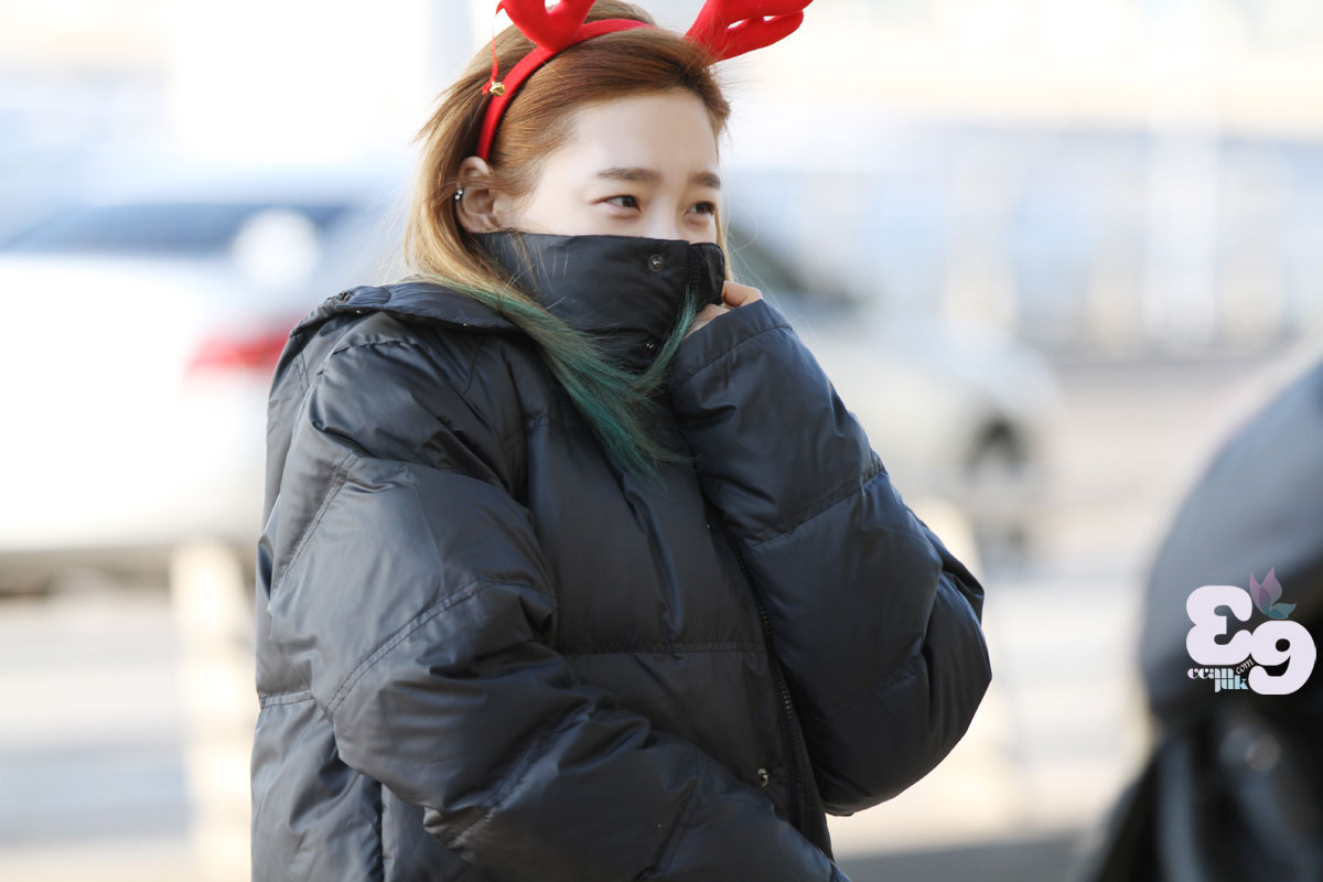 Taeyeon Airport Christmas fashion